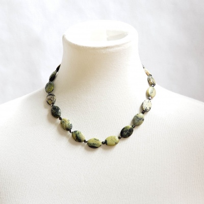 Serpentine and sparkling hematite necklace