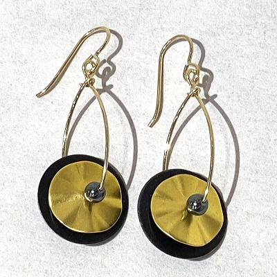 Layer Earrings - gold & black