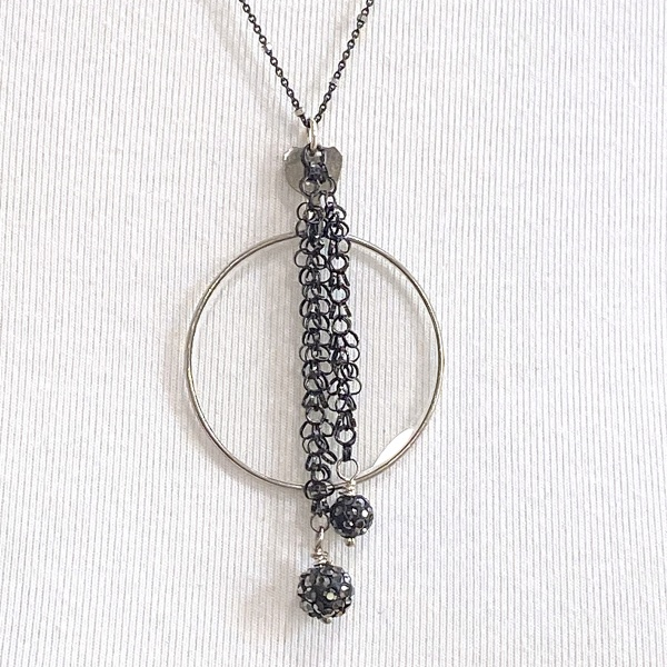 Optical 1171 black stardust necklace