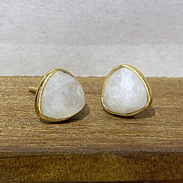 Moonstone gold stud 2037