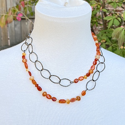Carnelian & black chain Necklace