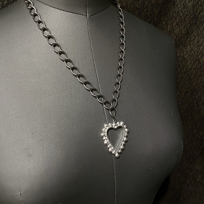 Chunky Heart Necklace 3258