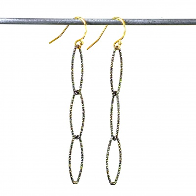 Black & gold drop earring 4101