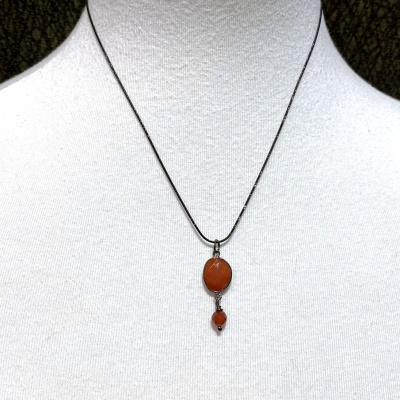Carnelian crystal Necklace 3904