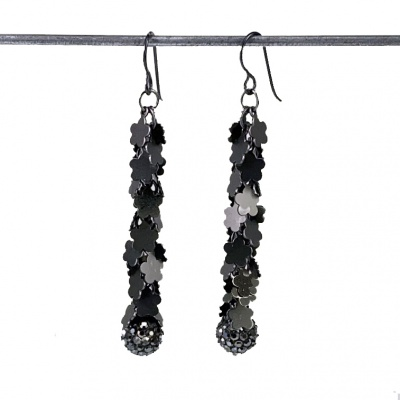 Black Flower & sparkle  Earrings 3913