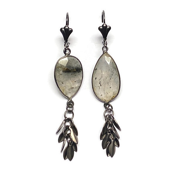 Labradorite & black leaf fringe Earrings 4020