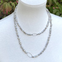 Pale grey pearl necklace 2589