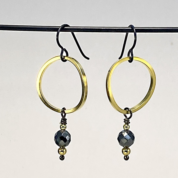 Faceted hematite & ring earring 5264