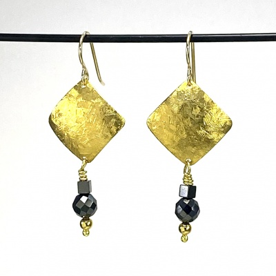 Faceted hematite earrings 5263