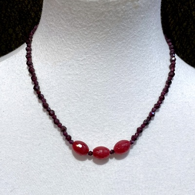 Garnet Necklace 4008